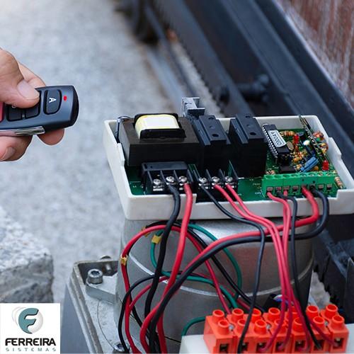 Instalação de motor de portão eletrônico