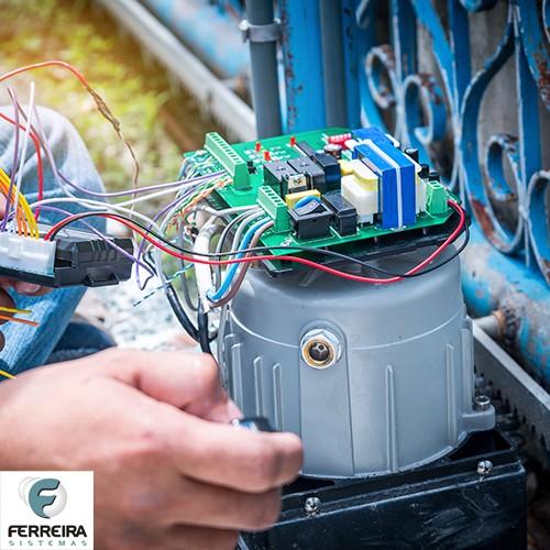 Manutenção em motor deslizante de portão