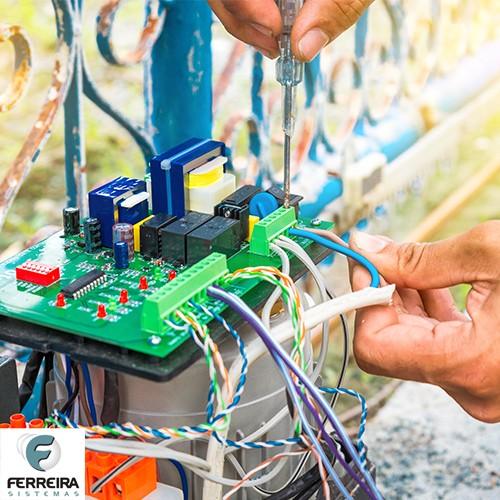 Manutenção de portão eletrônico automático